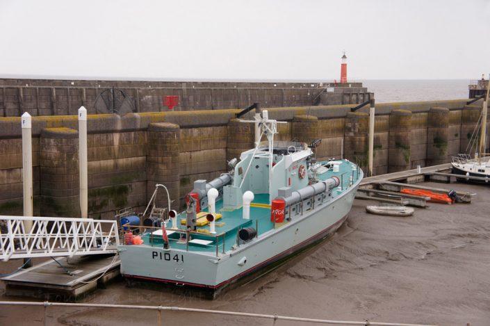 Minesweeper, Watchet harbour